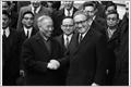 巴黎协定谈判过程中的外交活动及目前国防外交工作的若干问题