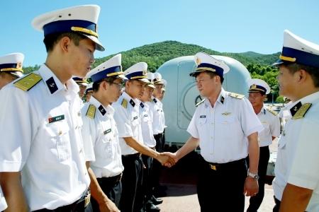 弘扬首战胜利传统 建设政治强大的海军军种