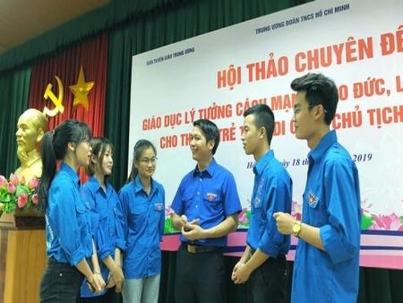 Phát huy vai trò của Đoàn Thanh niên Cộng sản Hồ Chí Minh trong công tác xây dựng Đảng hiện nay