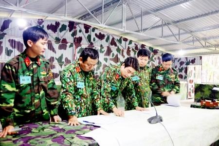 Phát huy truyền thống quê hương cách mạng, Nghệ An tập trung xây dựng nền quốc phòng toàn dân vững mạnh
