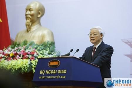Quán triệt nguyên tắc Bảo đảm lợi ích tối cao của quốc gia - dân tộc, trên cơ sở các nguyên tắc cơ bản của luật pháp quốc tế, bình đẳng, cùng có lợi trong quan hệ đối ngoại thời kỳ hội nhập quốc tế