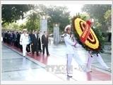 Lãnh đạo Đảng, Nhà nước, Mặt trận Tổ quốc Việt Nam viếng Chủ tịch Hồ Chí Minh và tưởng niệm các Anh hùng liệt sĩ