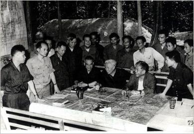Sự chỉ đạo chiến lược sắc sảo của Đảng ta trong cuộc Tổng tiến công và nổi dậy mùa Xuân 1975