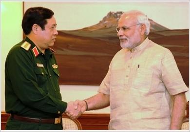 Việt Nam và Ấn Độ ký Tuyên bố tầm nhìn chung về quan hệ quốc phòng giai đoạn 2015 - 2020