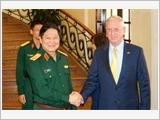 Bộ trưởng Quốc phòng Ngô Xuân Lịch tiếp Ngài Giêm Ma-tít Bộ trưởng Quốc phòng Hoa Kỳ