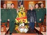 Đại tướng Ngô Xuân Lịch thăm, chúc sức khỏe nguyên Tổng Bí thư Lê Khả Phiêu