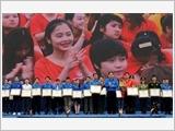 Đổi mới phương thức đoàn kết, tập hợp thanh niên trong sự nghiệp xây dựng và bảo vệ Tổ quốc