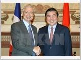 Chủ tịch Quốc hội Pháp kết thúc tốt đẹp chuyến thăm chính thức Việt Nam