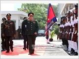 Bộ trưởng Bộ Quốc phòng Việt Nam làm việc tại Campuchia