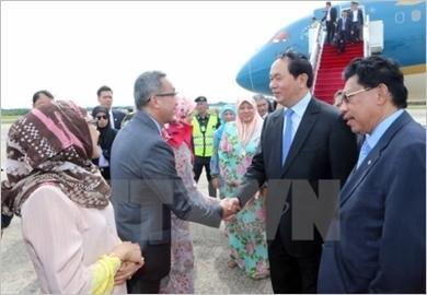 Chủ tịch nước bắt đầu thăm cấp Nhà nước tới Brunei Darussalam