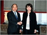 Thủ tướng Nguyễn Xuân Phúc hội kiến Tổng thống Thụy Sĩ Đ.Loi-hát