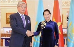 Chủ tịch Quốc hội Nguyễn Thị Kim Ngân hội đàm, hội kiến các nhà lãnh đạo Ca-dắc-xtan