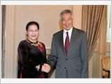 Chủ tịch Quốc hội Nguyễn Thị Kim Ngân hội kiến Tổng thống và Thủ tướng Xin-ga-po
