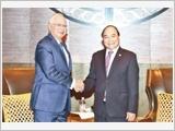 Thủ tướng Nguyễn Xuân Phúc đến Phi-li-pin tham dự Hội nghị cấp cao ASEAN lần thứ 30