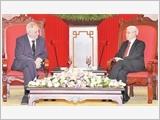 Tổng Bí thư tiếp; Chủ tịch nước đón, hội đàm; Chủ tịch Quốc hội hội kiến Tổng thống Cộng hòa Séc