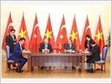 Thủ tướng Cộng hòa Thổ Nhĩ Kỳ kết thúc chuyến thăm chính thức Việt Nam