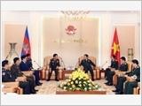 Đại tướng Ngô Xuân Lịch tiếp Tổng Tư lệnh Quân đội Hoàng gia Campuchia