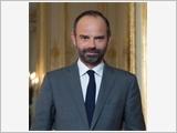 Thủ tướng Cộng hòa Pháp bắt đầu thăm chính thức Việt Nam