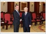 Tổng Bí thư, Chủ tịch nước tiếp; Thủ tướng Chính phủ đón, hội đàm; Chủ tịch Quốc hội hội kiến Thủ tướng Liên bang Nga