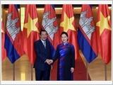 Chủ tịch Quốc hội Nguyễn Thị Kim Ngân hội kiến Thủ tướng Cam-pu-chia Hun Xen