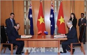 Tuyên bố chung về việc thiết lập quan hệ đối tác chiến lược Việt Nam - Ô-xtrây-li-a