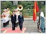 Tổng Bí thư tiếp; Chủ tịch nước đón, hội đàm; Thủ tướng, Chủ tịch Quốc hội hội kiến Tổng thống Hàn Quốc