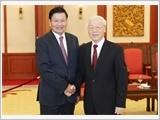 Tổng Bí thư Nguyễn Phú Trọng tiếp Thủ tướng Lào Thoong-lun Xi-xu-lít