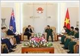 Bộ trưởng Bộ Quốc phòng Ngô Xuân Lịch tiếp Bộ trưởng Ngoại giao Australia