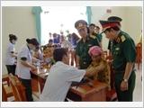 Huấn luyện dã ngoại làm công tác dân vận ở Trường Sĩ quan Lục quân 2