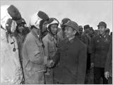 """Vũ trang quần chúng cách mạng, xây dựng quân đội nhân dân - """"Binh thư"""" thời đại Hồ Chí Minh"""