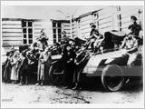 发挥十月革命对当前军队建设和捍卫祖国事业的军事价值