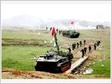 第四军区弘扬英雄传统 建设强大的武装力量