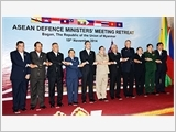 Đại tướng Phùng Quang Thanh tham dự Hội nghị hẹp Bộ trưởng Quốc phòng các nước ASEAN
