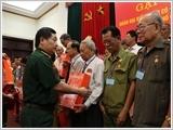 Bộ Quốc phòng gặp mặt Đoàn đại biểu Người có công với cách mạng thành phố Cần Thơ