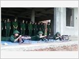 洪德大学学生国防安全教育工作