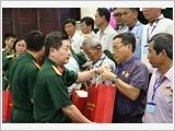 Bộ Quốc phòng gặp mặt đại biểu Người có công với cách mạng tỉnh Tiền Giang