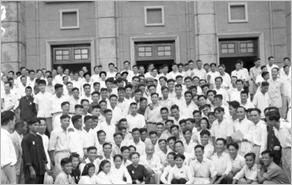 越南革命新闻行业九十五年与民族同行