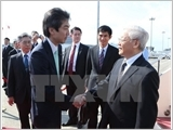 Vietnam, Japan issue joint vision on relations, ink six deals
