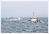 Vietnam Coast Guard grasps and implements the 12th Politburo's Resolution 33-NQ/TW