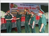"""Military Region 9's armed forces promote the virtues of """"Uncle Ho's soldiers"""" in the fight against COVID-19"""