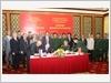 Chủ tịch Phân ban Việt Nam và Chủ tịch Phân ban Liên bang Nga  ký biên bản Phiên họp Thường trực Ủy ban Phối hợp về Trung tâm Nhiệt đới Việt - Nga (12-2016).