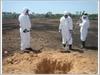 Lấy mẫu đánh giá mức độ ô nhiễm dioxin tại Sân bay Biên Hòa.