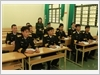 Giờ học tiếng Nga của học viên lớp tàu ngầm tại Trung tâm.