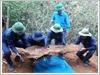 Đội tìm kiếm, quy tập hài cốt liệt sĩ thuộc Bộ Chỉ huy Quân sự tỉnh Nghệ An làm nhiệm vụ tại bản Phổ Xí, huyện Mường Pẹc, tỉnh Xiêng Khoảng, nước Cộng hòa Dân chủ nhân dân Lào