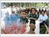 Đại tướng Ngô Xuân Lịch, Bộ trưởng Bộ Quốc phòng và Đoàn cán bộ dâng hương tưởng niệm các anh hùng liệt sĩ tại Nghĩa trang Liệt sĩ Trường Sơn