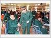 Thượng tướng Phan Văn Giang, Tổng Tham mưu trưởng Quân đội nhân dân Việt Nam, Thứ trưởng Bộ Quốc phòng thăm hỏi, động viên thương binh, bệnh binh tại Trung tâm Điều dưỡng Người có công tỉnh Phú Thọ