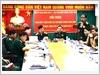 Đại tá Tô Đình Kháng, Trưởng ban Đại diện phía Nam của Tạp chí Quốc phòng toàn dân trao đổi ý kiến cùng bạn đọc
