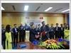 Thiếu tướng Phùng Ngọc Sơn, Tổng Giám đốc Trung tâm ký Bản ghi nhớ về hợp tác và cung cấp cố vấn kỹ thuật cấp cao cho VNMAC