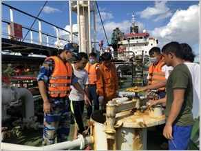 Cảnh sát biển Việt Nam - điểm tựa cho ngư dân vươn khơi, bám biển